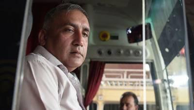 سری لنکن وزیر کھیل کی پاکستانی ڈرائیور کو سری لنکا کے دورے کی دعوت
