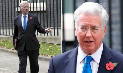 جنسی اسکینڈل، برطانوی وزیر دفاع نے عہدے سے استعفیٰ دیدیا