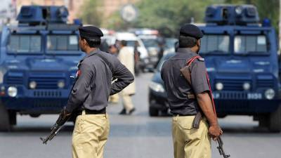 پشاور پولیس نے 2 اشتہاریوں سمیت 69 جرائم پیشہ افراد گرفتار کر لئے