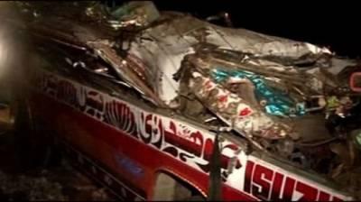 تلہ گنگ: مسافر بس کھائی میں جا گری، 18ہلاک درجنوں زخمی