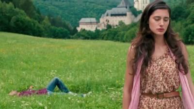 مجھے فلم میں کاسٹ کر کے امتیاز علی نے کسی کی جان بچائی : نرگس فخری