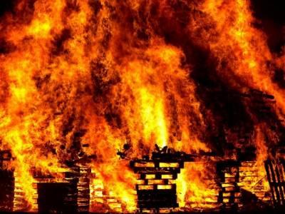 بھارت ،خاتون انجینیئر کواسی کے آشنا نے آگ لگا دی
