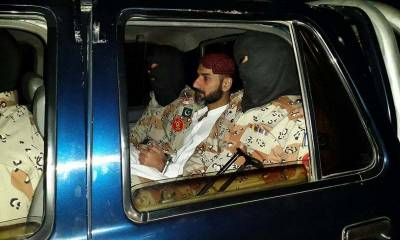 کراچی،لیاری سے عزیر بلوچ گروپ کے 2 اہم کمانڈرز گرفتار، اسلحہ برآمد