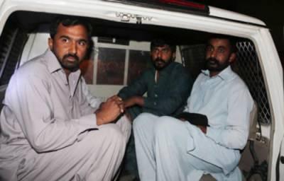 سعودی عر ب نے غیر ملکیو ں پر زمین تنگ کر دی ہزاروں پاکستانی بھی پھنس گئے