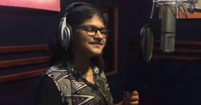 انڈیا کی 12سالہ گلوکارہ 80زبانوں میں گانے گا سکتی ہیں