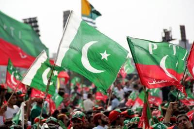 اسلام دشمن عناصر پاکستان میں عوام کو گمراہ کررہے ہیں : محمود الرشید