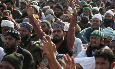 فیض آباد آپریشن کے بعد مختلف سنی جماعتوں کی جانب سے سندھ پنجاب باڈر کے سنگم پر دھرنا