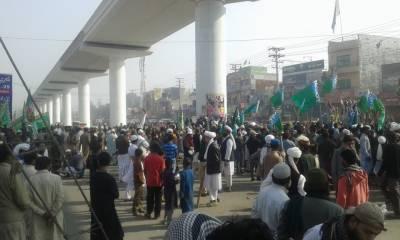 فیض آباد سے ملحقہ علاقوں کی بجلی بھی بند کر دی گئی