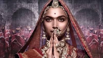 """فلم""""پدماوتی""""کے خلاف انتہا پسندوں کا احتجاج، سنیما پر حملہ"""
