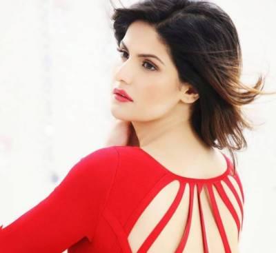 معروف بھارتی اداکارہ زریں خان نے فلم