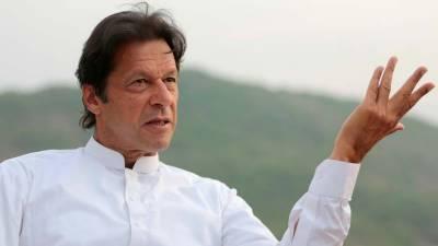 عمران خان کی پشاور میں دہشت گردوں کے حملے کی شدید مذمت