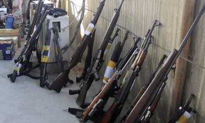 غیر قانونی اسلحے کی فروخت میں ملوث 3پولیس اہلکار گرفتار