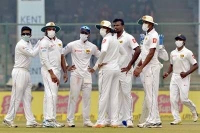 نئی دہلی سموگ کے باعث دورانِ میچ سری لنکن کھلاڑیوں نے ماسک پہن لیے