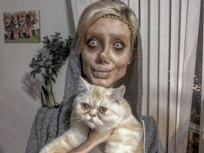 انجلینا جولی جیسی بننے کے لیے50سرجریاں کروانے والی سحر کا اصل چہرہ بےنقاب