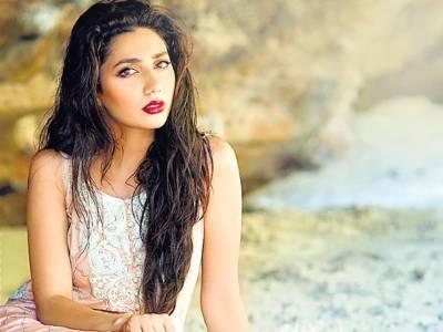 معروف پاکستانی اداکارہ کے ساتھ بھارتیوں کا ناروا سلوک