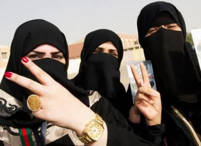 سعودی خواتین کو گاڑی کے بعد موٹرسائیکل اور ٹرک چلانے کی بھی اجازت