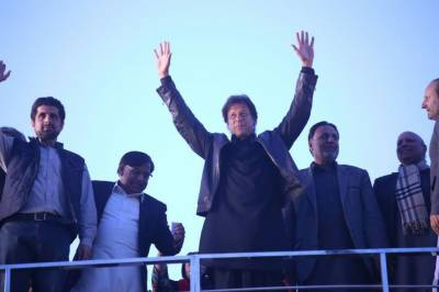 اگر خیبر پختونخوا میں میری کرپشن نکلی تو سیاست چھوڑ دوں گا، عمران خان