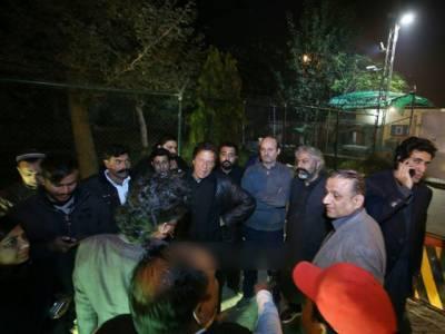عمران خان کے قافلے پر حملہ ،فائرنگ یوسف رضا گیلانی کے صاحبزادے نے کرائی: تحریک انصاف کا الزام