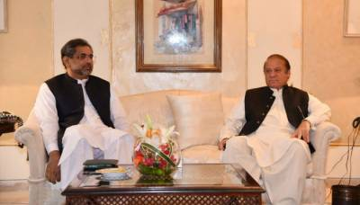 شاہد خاقان عباسی کی نواز شریف سے ملاقات، آئندہ انتخابات کی تیاریوں پر تبادلہ خیال