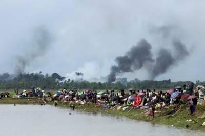 صرف ایک ماہ میں روہنگیا مسلمانوں کے 40 گائوں جلا دئیے گئے
