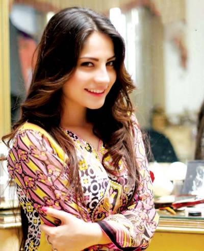 پاکستانی اداکارہ نیلم منیر کی ڈا نس ویڈیو وائرل
