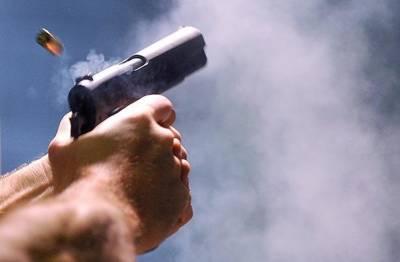 نامعلوم ملزمان کی پولیس پر فائرنگ ،اہلکار جاں بحق ، 2 زخمی