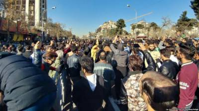 ایرانی عوام حکومت کی بدعنوانی سے تنگ آ چکے ہیں، امریکا