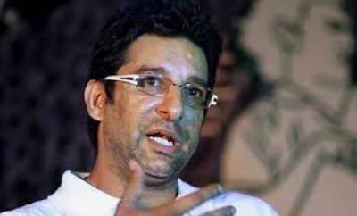 وسیم اکرم کا عمر اکمل کو میڈیا کی بجائے بیٹنگ پر توجہ دینے کا مشورہ