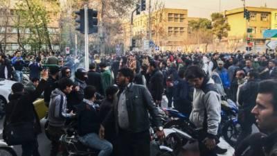 ایران میں حکومت مخالف مظاہرے جاری، ہلاکتیں 10 ہو گئیں