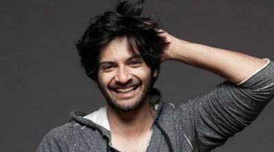 معروف بھارتی اداکار نے تین طلاق بل کے خلاف آواز بلند کر دی