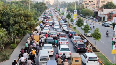 2017 کی مصروف ترین سڑکیں کونسی تھی ؟جانیئے