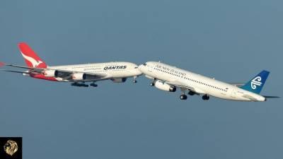 کینیڈا کے ایئر پورٹ پر دو طیارے آپس میں ٹکرا گئے