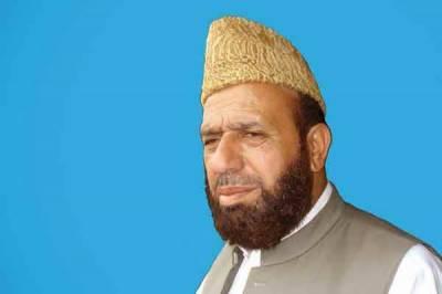 سردار یوسف وزیراعظم شاہد خاقان عباسی سے نالاں