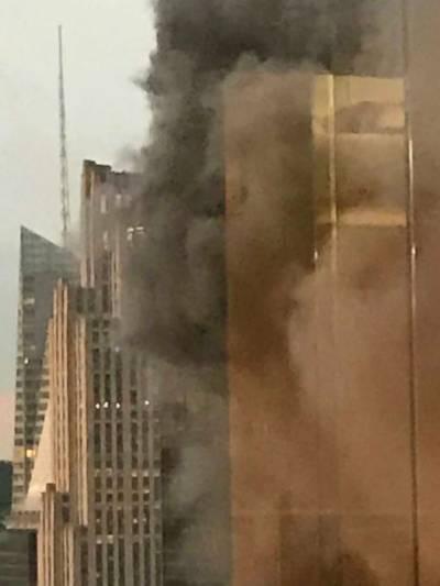 امریکی صدر ڈونلڈ ٹرمپ کے 'ٹرمپ ٹاور' میں آگ لگ گئی،3 افراد زخمی