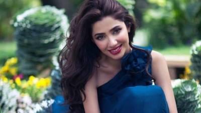 قصور سانحہ پر لوگوں کا باہر نکلنا خوش آئند ہے : ماہرہ خان