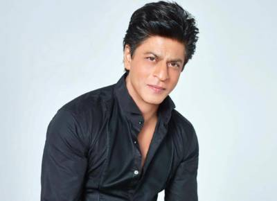 شاہ رخ خان نے سماجی خدمات پر سال 2018 کا کرسٹل ایوارڈ اپنے نام کر لیا