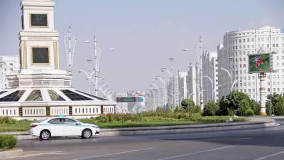 ترکمانستان میں صرف سفید گاڑیاں چلانے کا حکم