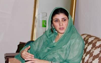 عمران خان ٗ آصف زرداری اور طاہر القادری ملک کی تباہی کے ذمہ دار ہیں: عائشہ گلالئی