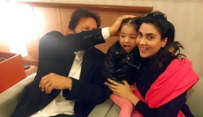 عمران خان سے اداکارہ فضا علی کی بیٹی کی ملاقات، نیک خواہشات کا اظہار