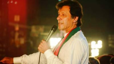 عمران خان پارلیمنٹ سے سالانہ 25 لاکھ روپے تنخواہ لی