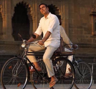 اکشے کمار کی سائیکل نیلام کی جائے گی