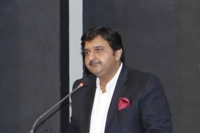 ترجمان پنجا ب حکومت ملک احمد خان نے زینب کے قتل میں ملوث ملز م کی گرفتار کی تصدیق کردی