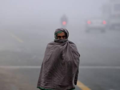 محکمہ موسمیات کی آئندہ چوبیس گھنٹوں کے دوران موسم سرد اور خشک رہنے کی پیش گوئی