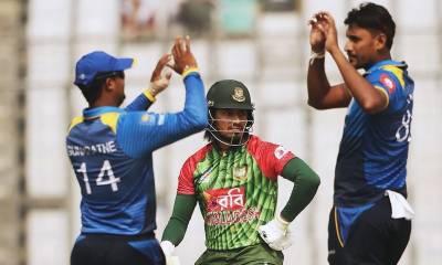 سری لنکا نے بنگلہ دیش کو شکست دیکر سہ ملکی سیریز کے فائنل میں جگہ پکی کر لی