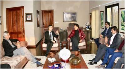 چینی سفیر نے پی ٹی آئی کو پاکستان کی سب سے بڑی سیاسی جماعت قرار دیدیا