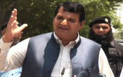 عمران خان وزارت عظمیٰ کے خواب دیکھنا چھوڑ دیں : امیر مقام