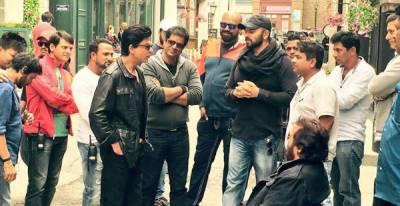 میرے سیٹ پر کسی کو خواتین کے ساتھ نا روا سلوک کی ہمت نہیں : شاہ رخ خان