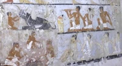مصری آثار قدیمہ نے 4400 سال قدیم مقبرے کی رونمائی کر دی