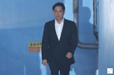 جنوبی کورین عدالت نے سام گروپ کے ڈائریکٹر جے وائی لی کو رہا کرنے کا حکم دے دیا ہے