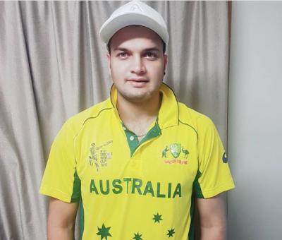 عبدالقادر کے بیٹے عثمان قادر نے آسٹریلوی ٹیم کی کِٹ پہن لی